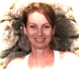 Nabila G. Welk, spirituelle Wegbegleiterin, Coach & Jikiden Reiki shihan/Lehrerin. Wenn Sie auf einem Scheideweg sind, helfe ich Ihnen....